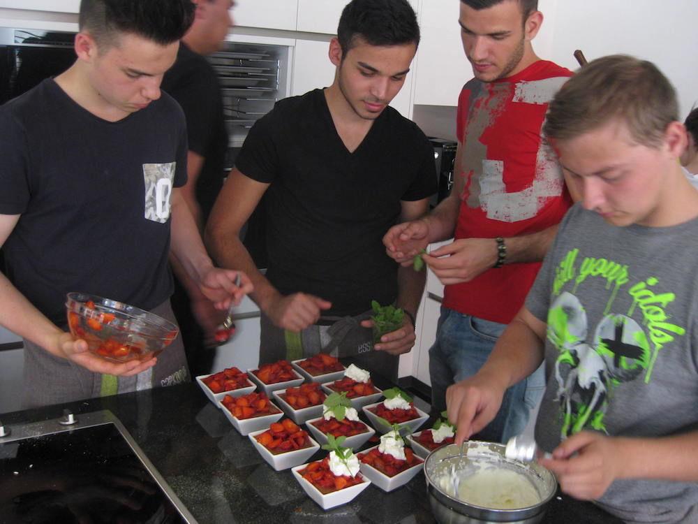 Lehrlinge Alge Textil, Dessert